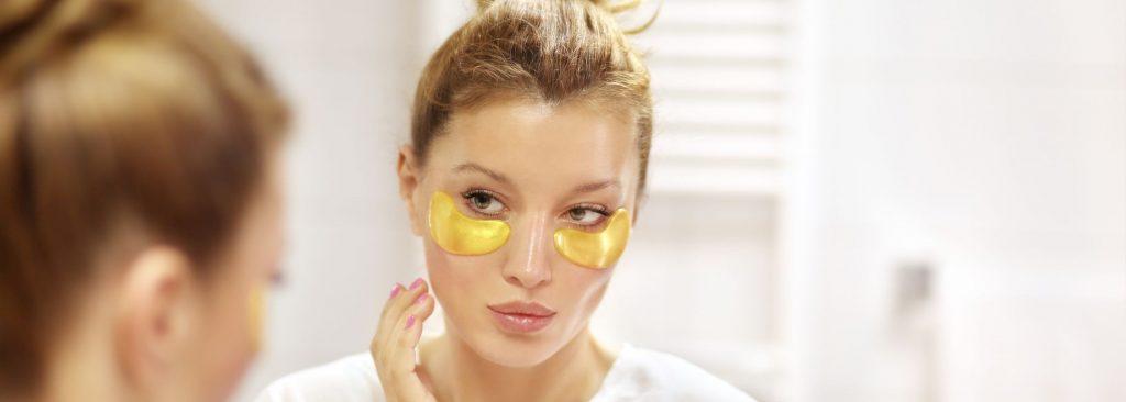 Eye bag removal at Zoe Medical